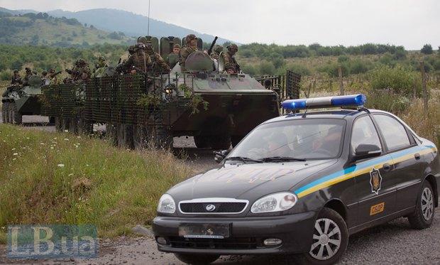 Під час спецоперації силовиків в селі Бобовище, біля Мукачево, 13 липня