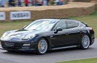 Киянка продала Porsche Panamera за 1 тис. грн