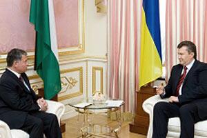 Янукович рассказал королю, как перспективно сотрудничать с Украиной
