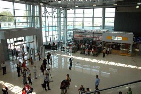 АМКУ оштрафовал Харьковский аэропорт на 2,4 млн грн за дорогую парковку