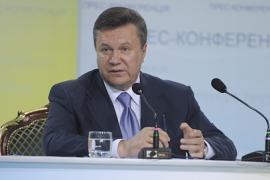 Янукович: на Майдан вышли бюрократы и коррупционеры