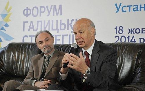 Тамаш Беркі(праворуч)