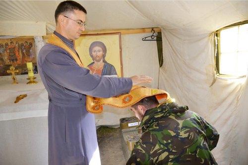 Греко-католический капеллан Николай Квич в зоне АТО
