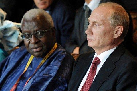 В. Путина подозревали впричастности кдопинговому скандалу в РФ