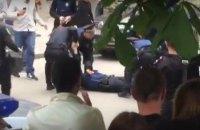 Появилось видео нападения на патрульного в Харькове