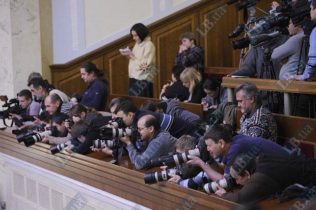 Работать в Верховной Раде журналистам станет куда сложнее