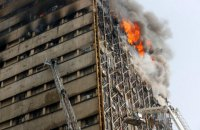 В Тегеране обрушилось 17-этажное здание