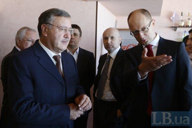 Гриценко все чаще выступает с откровенной критикой оппонентов