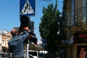 Мукачево вычищали зря: президент не приехал