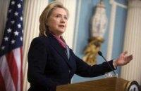 """Клинтон: """"Украина находится на пороге достижения стабильной, функционирующей демократии"""""""