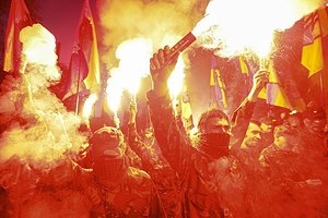 В Киеве прошел Марш героев