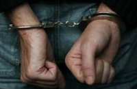 В Черкассах пенсионер украл из автомобиля 100 тыс. гривен