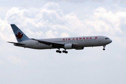 Украина предложила Канаде открыть прямой авиарейс