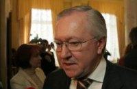 "Тарасюк: власть готова поднять ""лапки"" перед Россией"
