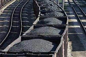 В окрестностях Дебальцево с лета стоят 900 вагонов с углем