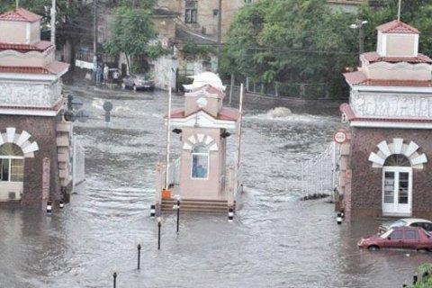 В Одессе за два дня выпала месячная норма осадков