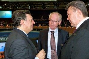 Лидеры ЕС встретили Януковича прохладно