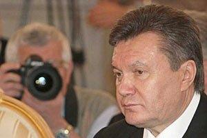 Янукович обещает обвиняемым право на суд присяжных