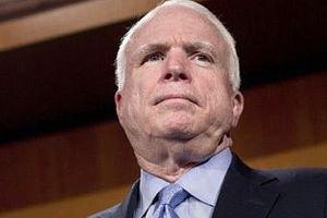 Маккейн: украинская оппозиция найдет точку опоры