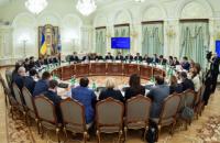 Порошенко призвал Кабмин и Раду ускорить имплементацию СА с ЕС