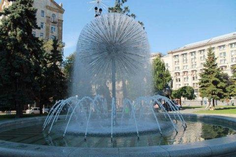 В Киеве запустили 28 городских фонтанов