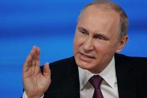 Путин осудил воинственные заявления Турчинова