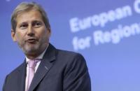 """Еврокомиссар Хан пообещал """"безвиз"""" для Украины в середине весны"""