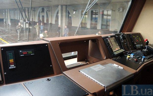 Омелян: Укрзализныця тестирует локомотив американской General Electric