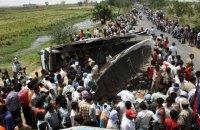В Индии грузовик столкнулся со школьным автобусом: 24 жертвы