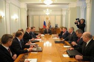 Путин провел совещание по Украине с российскими силовиками