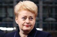 Президент Литви планує завтра відвідати Тимошенко
