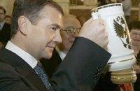 Янукович поздравил Медведева по телефону