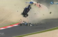 На гонке Формулы-3 произошла серьезная авария