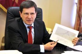 Костусев требует документацию на русском языке