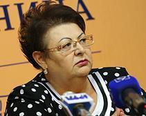 Тетя Тимошенко: КС исполнил заказной гопачок под аккомпанемент правительства