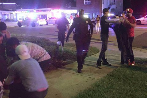 ФБР арестовало супругу стрелка изОрландо
