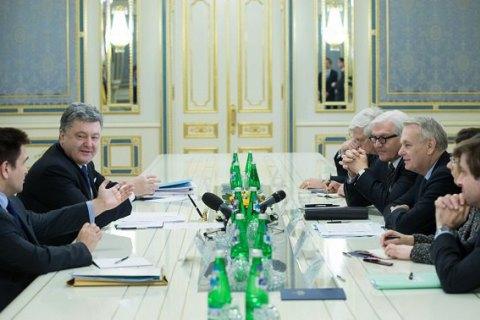 Порошенко, Эро и Штайнмайер подчеркнули важность размещения СММ ОБСЕ на Донбассе