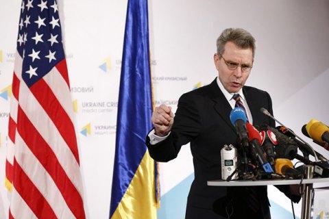 США опровергли отзыв Пайетта из-за критики Шокина