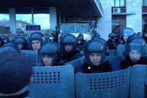 Милиция Луганска приведена в состояние боевой готовности