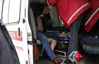Неизвестные в масках Дедов Морозов избили палками депутата николаевского облсовета