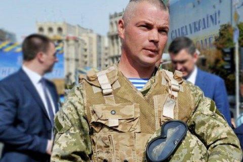 Порошенко в Славянске сделал командующего ВДВ генералом