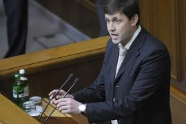 Коммунист Царьков обвинил Шустера в расколе общества