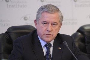 Янукович зустрінеться з Путіним, щоб відновити взаємну довіру і повагу, - Кінах