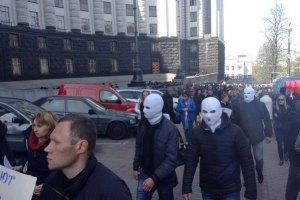 """Под Раду пришел проплаченный митинг """"белых платков"""" (обновлено, добавлены фото)"""