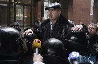 """Турчинов провел брифинг на головах сотрудников """"Беркута"""""""