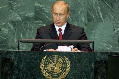 Путин заявил о достижении перемирия на Донбассе и анонсировал отвод оружия