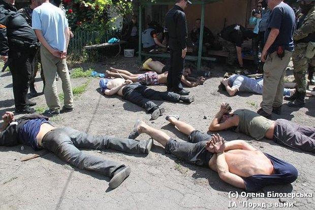 Боевики, взятые в плен <<Азовом>>