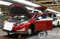 Азаров и Медведев не договорились об утилизационном сборе на авто