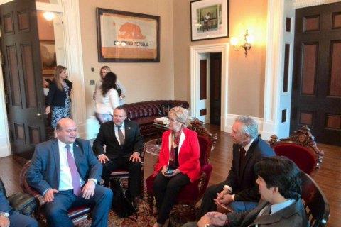 Сенат Калифорнии принял резолюцию ко Дню независимости Украины