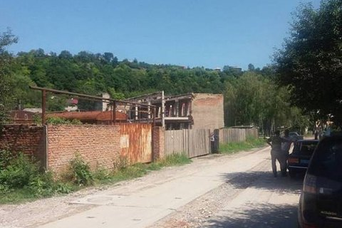 В Тернопольской области мужчина захватил заложника
